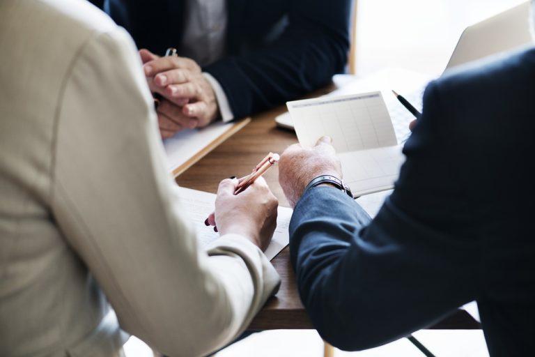 Jak zadbać o księgowość firmy działającej w Anglii?